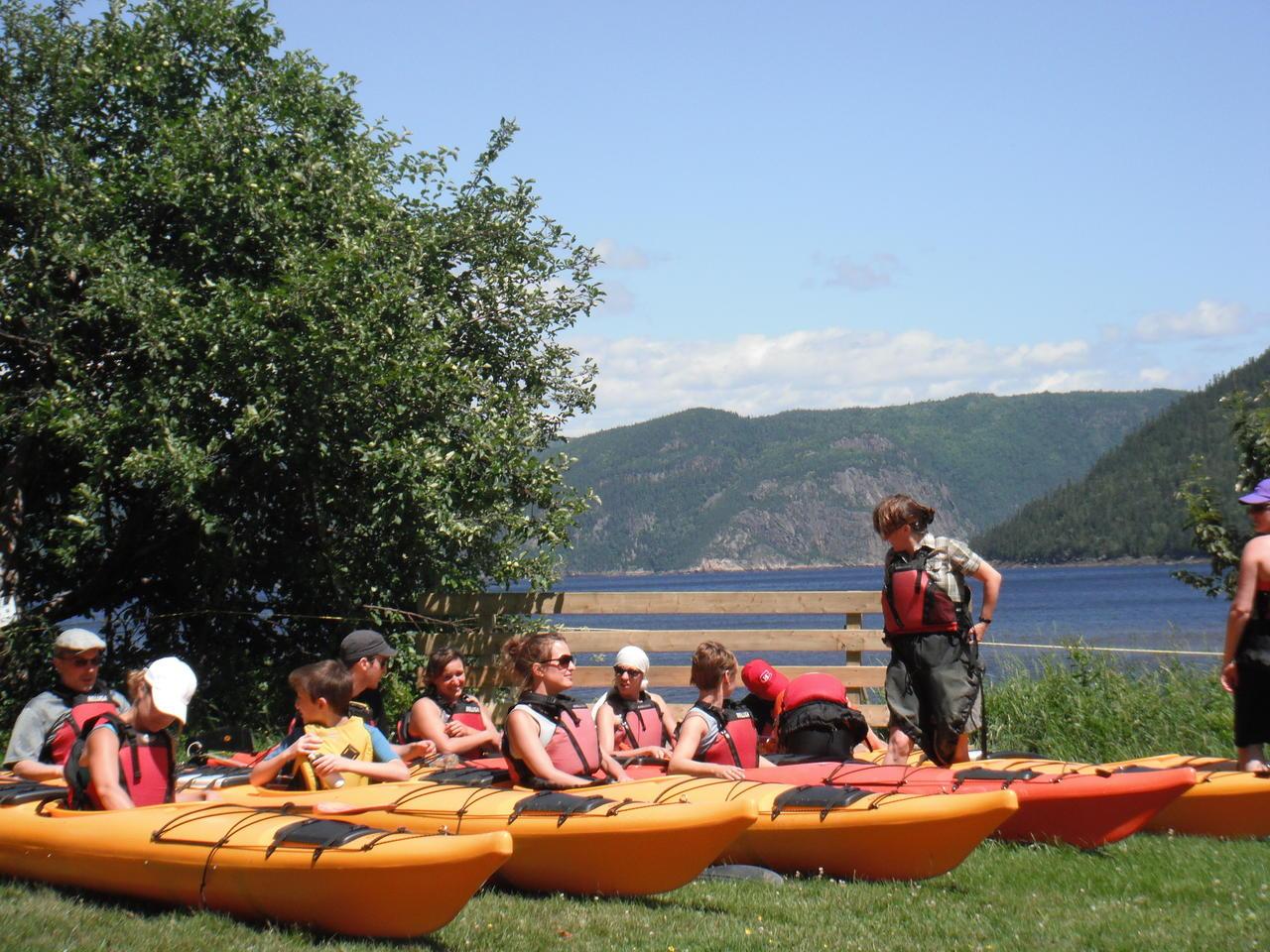 Ajustement avant départ, Parc National du Fjord du Saguenay,  kayak, fondue