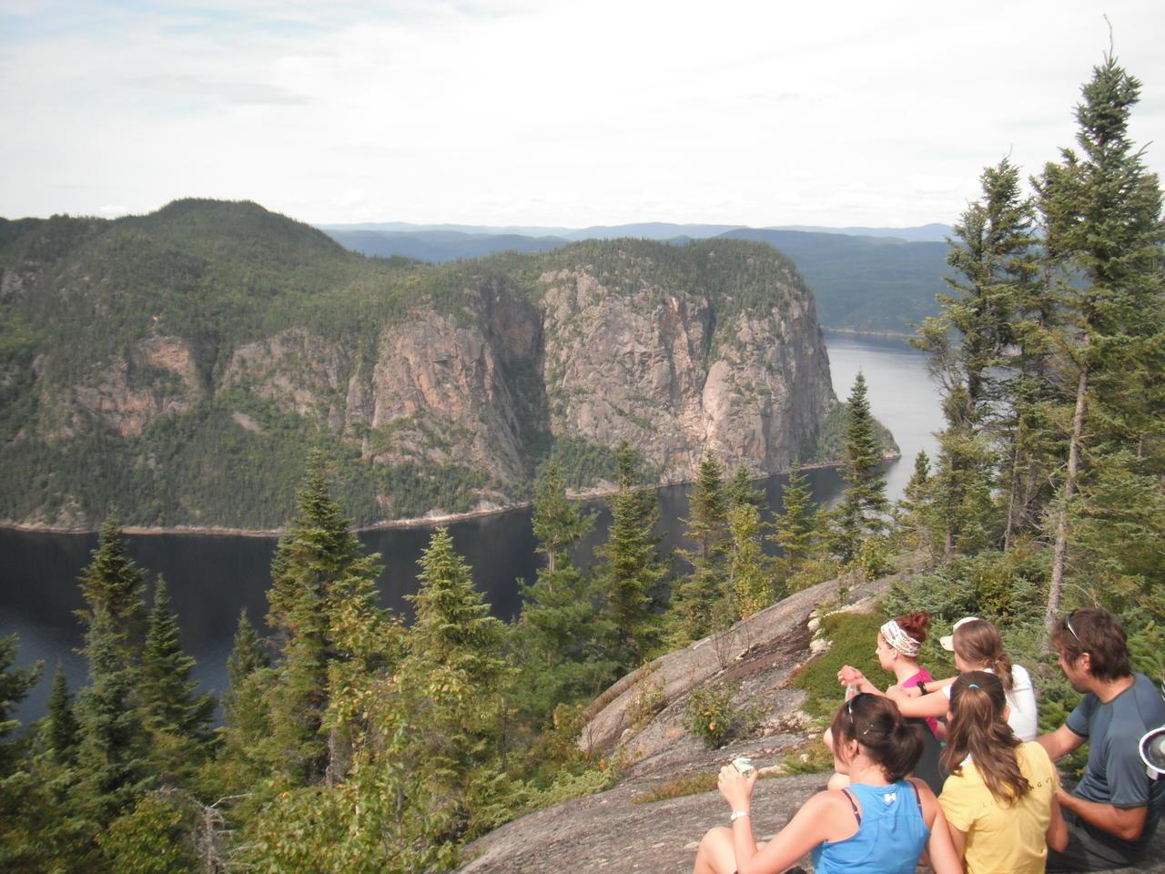 Point de vue du Géant, Parc National du Fjord du Saguenay, kayak, fondue, rando
